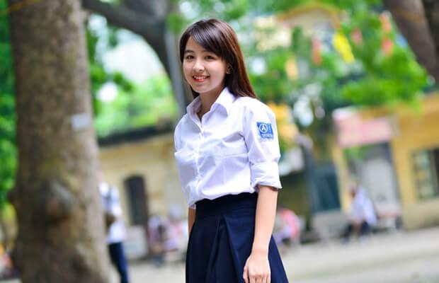 anh girl xinh hoc sinh cap 3 rang khenh - Suy nghĩ về tình nghĩa anh em trong gia đình